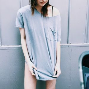 Urban outfitters curved hem pocket t shirt